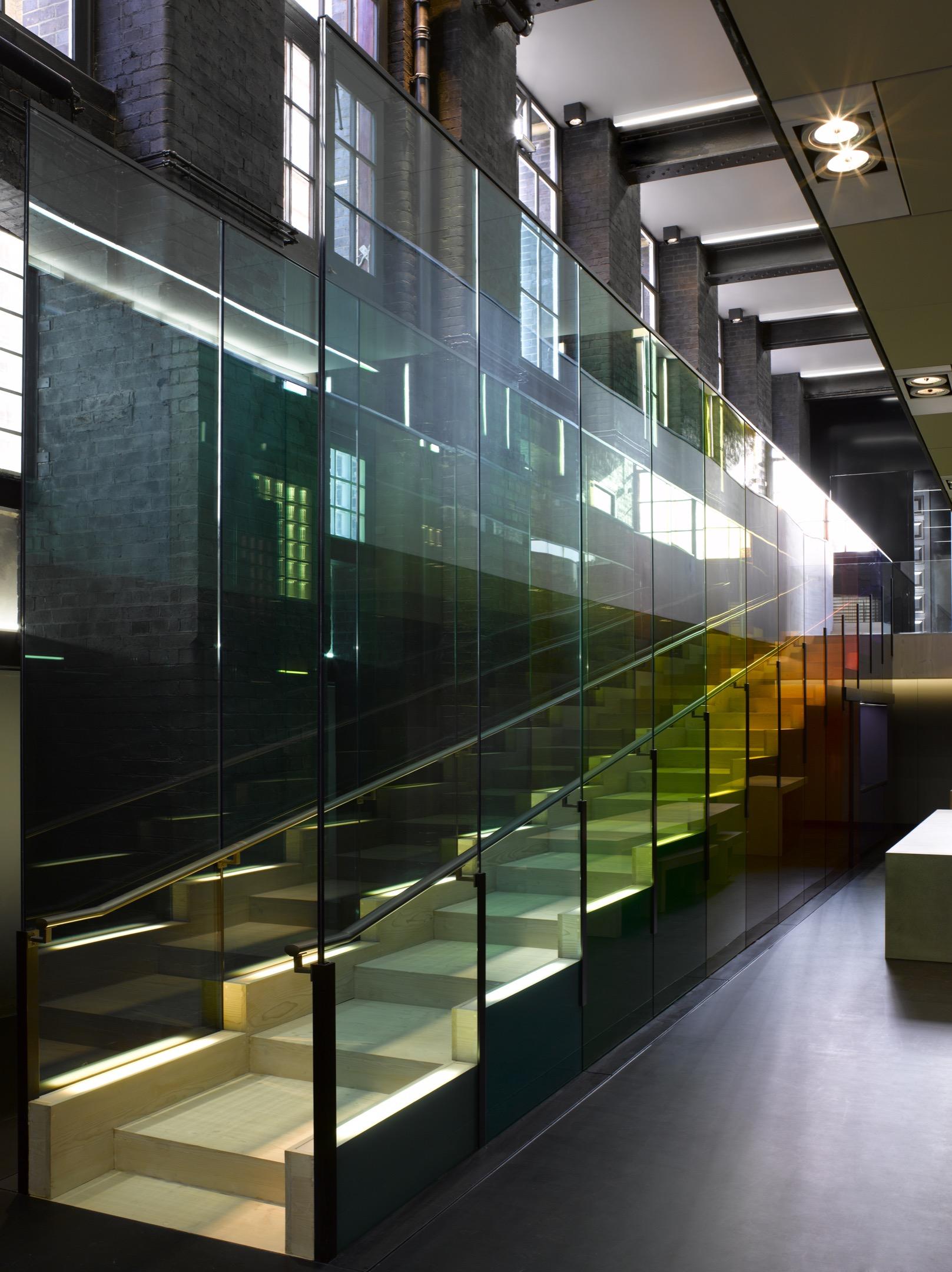 Kvadrat HQ London | Vanceva® Color Studio