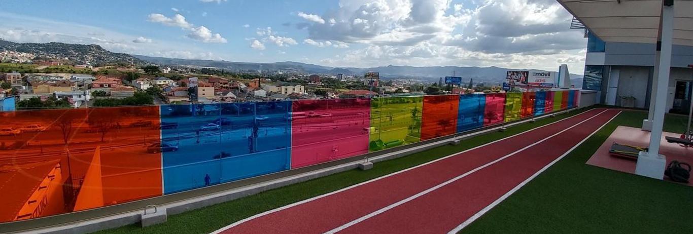 vanceva-slide