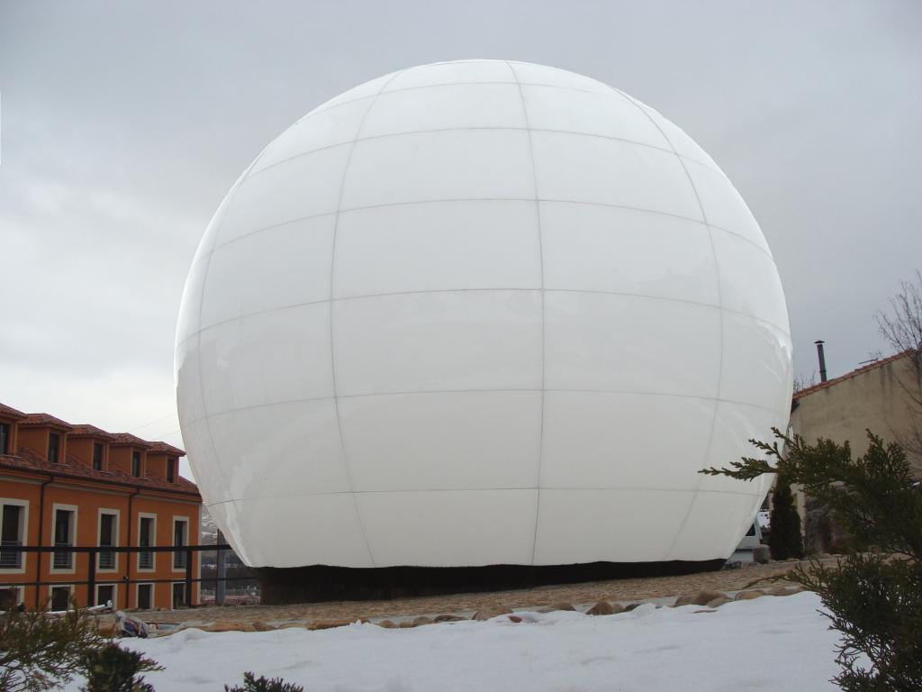 Centro-de-Interpretación-del-Pozo-de-Nieve-control-glass-vanceva