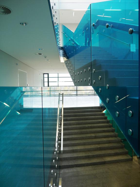 Mittelschule-Amstetten-austria-ertl-glass-vanceva-Atelier-Thomas-Pucher