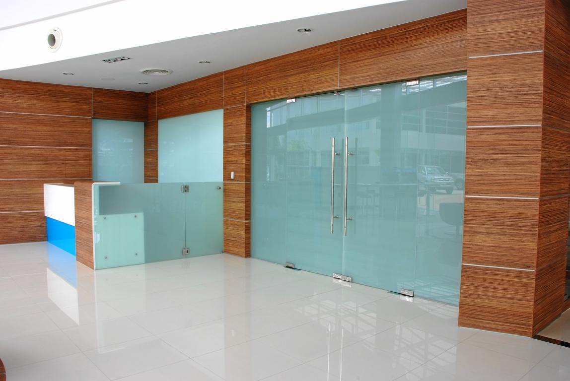 toyota-tbn-showroom-bangkok-thailand-12