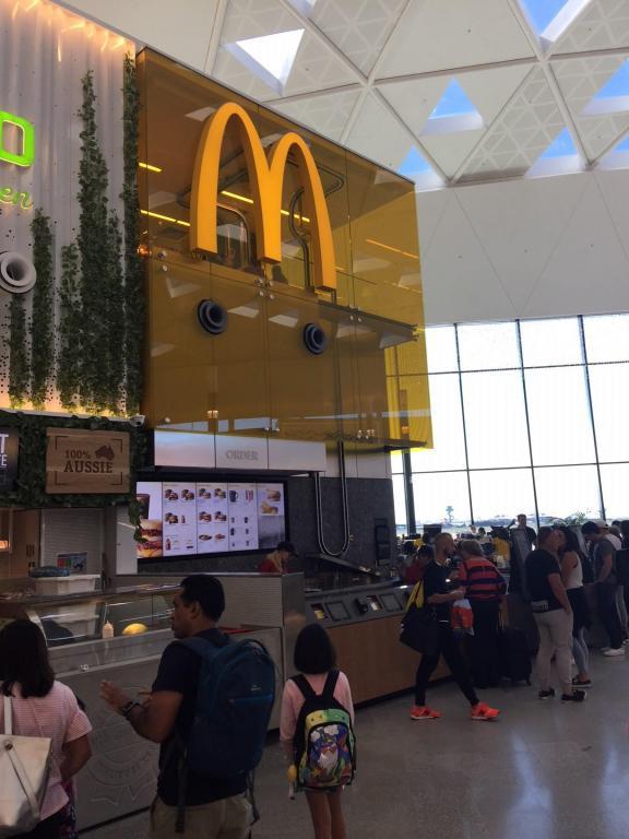 sydney-international-airport-mcdonald's